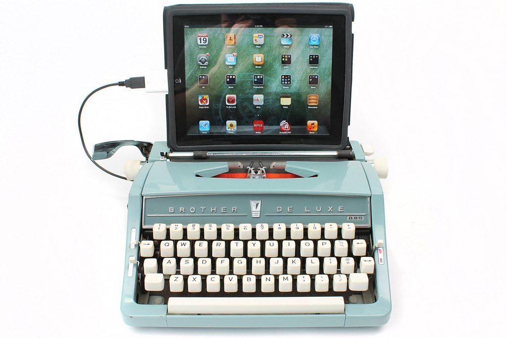 joline-van-den-oever_usb-typewriter
